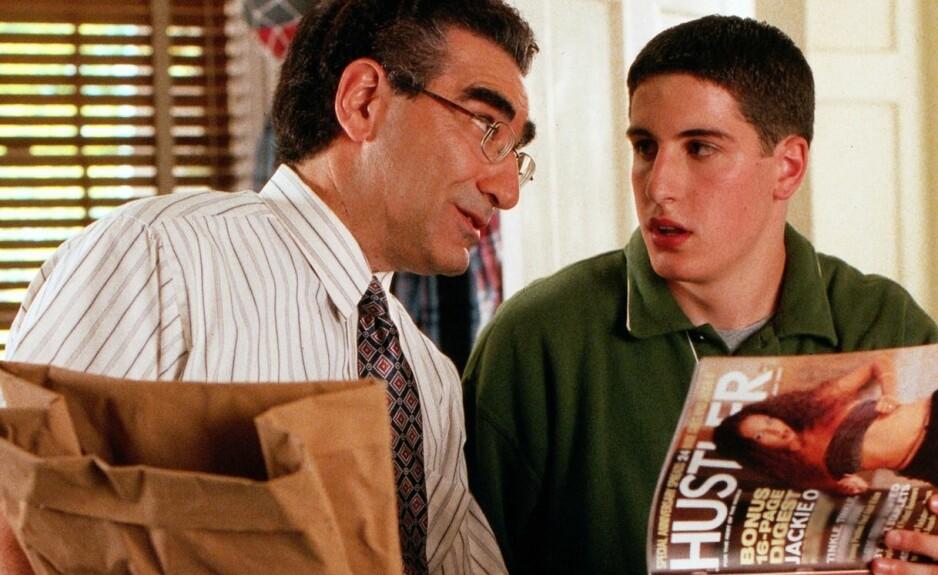 HOVEDROLLEINNEHAVER: Jason Biggs (til høyre) ble stjerne over natten da den første «American Pie»-filmen kom ut. FOTO: Scanpix