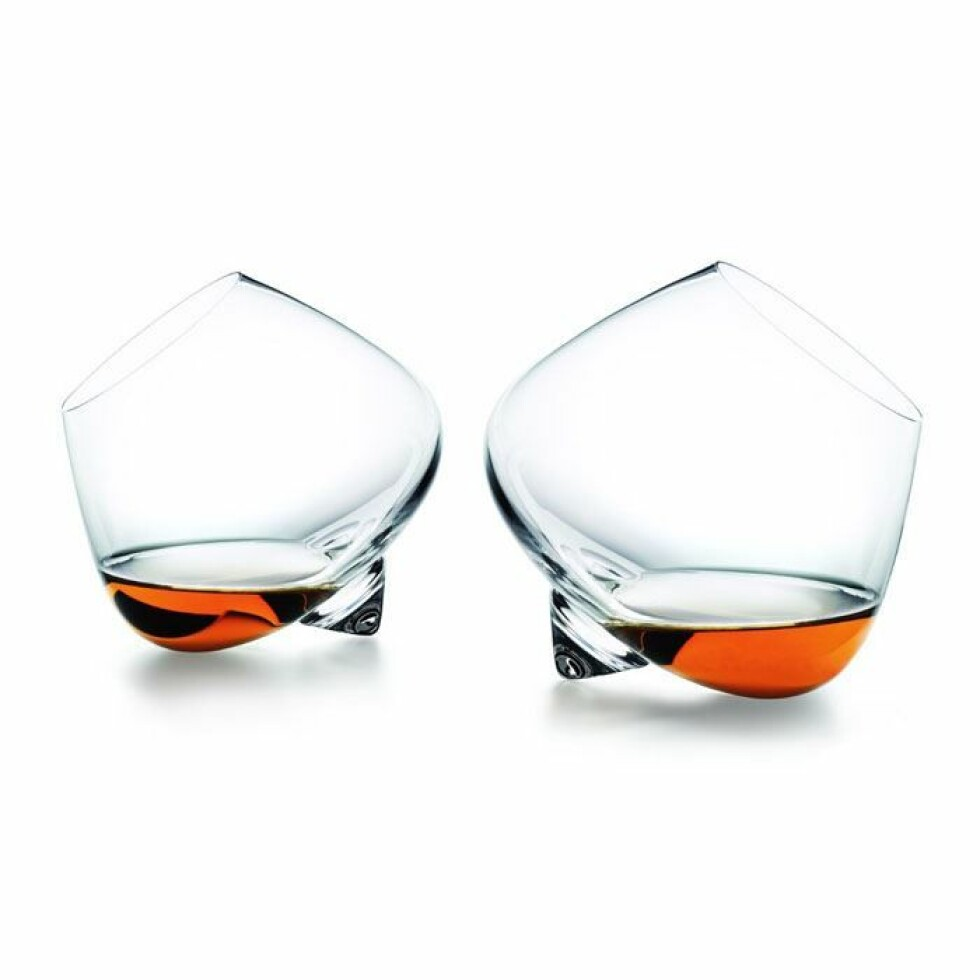 Cognacglass fra Normann Copenhagen |375,-| https://royaldesign.no/cognacglass-2-pk