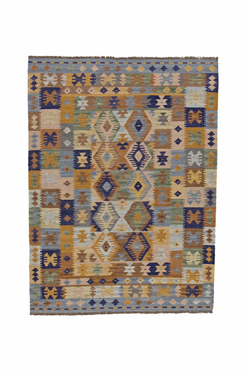 «Safi» – vevd ullteppe i harmoniske farger (kr 4000, Bargi).
