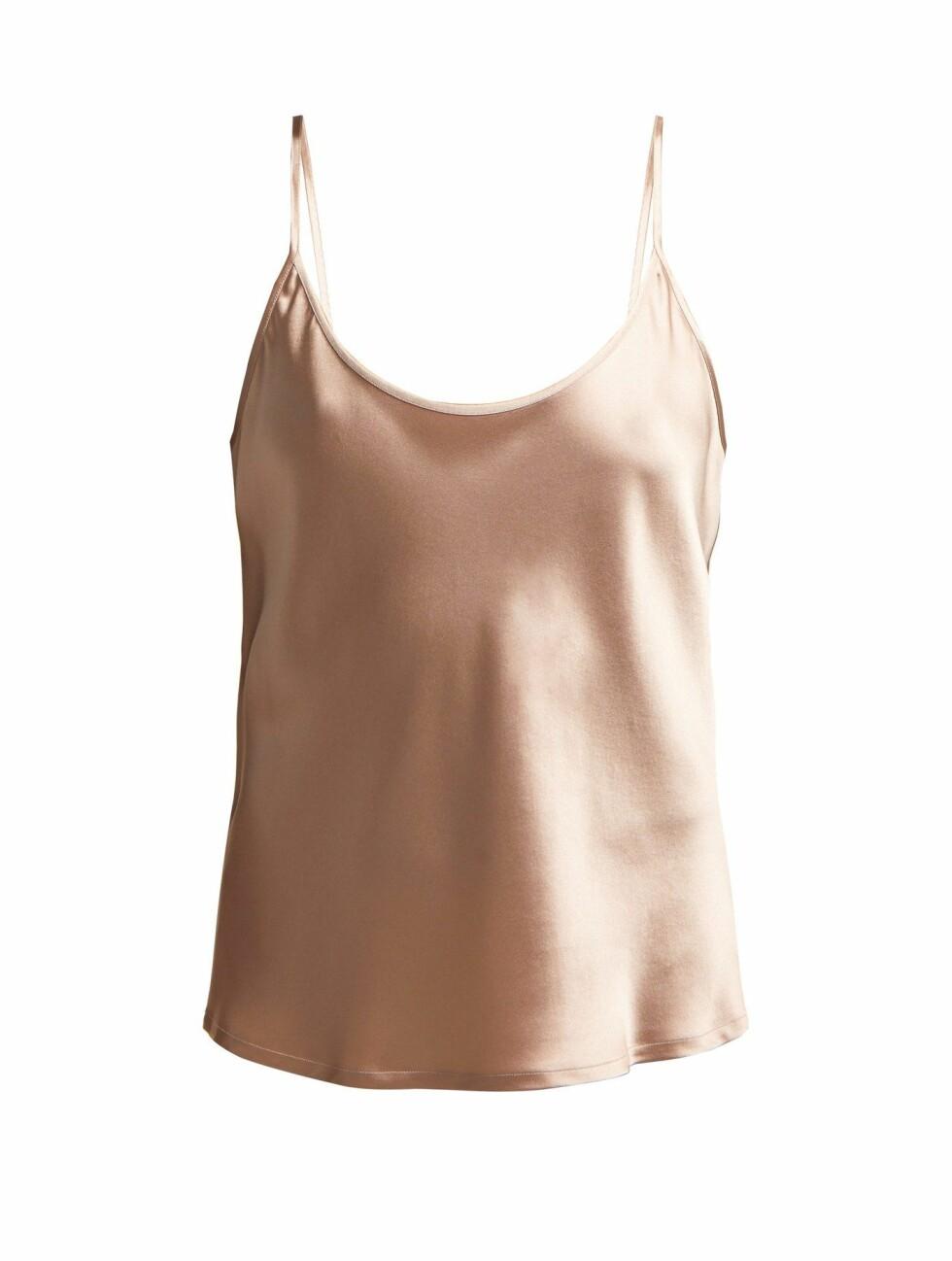 Overdel fra La Perla |880,-| https://www.matchesfashion.com/intl/products/La-Perla-Scoop-neck-silk-satin-cami-top-1248406