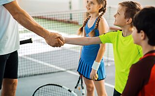 – Barn med gode manerer har ofte lettere for å skaffe seg venner