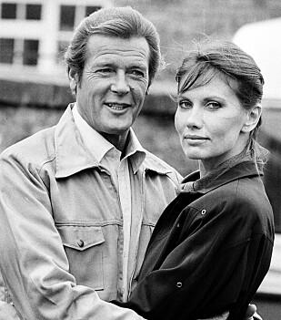 EKSOTISK SVENSKE: Svenske Maud Adams spilte i «Mannen med den gylne pistol» i 1974 og hadde også en Bond-rolle i «A view to a kill» i 1985. FOTO: NTB Scanpix