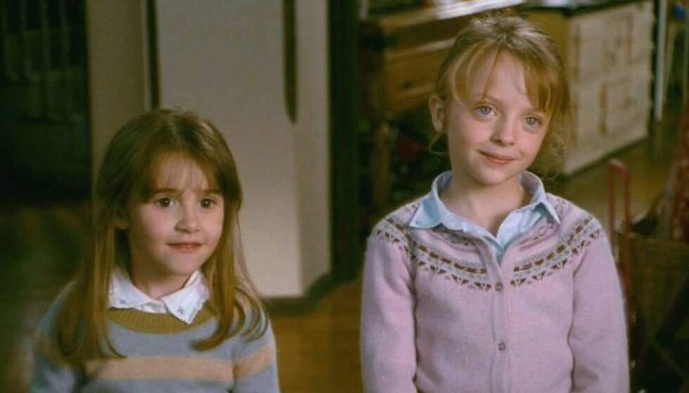 FRA FILMEN: Olivia (spilt av Emma Pritchard) og Sophie (spilt av Miffy Englefield).