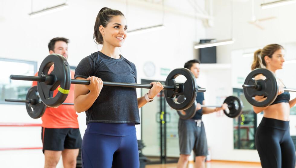 <strong>BODYPUMP:</strong> Bodypump er en populær treningsform som i hovedsak trener utholdenheten, ifølge to personlige trenere. FOTO: NTB Scanpix