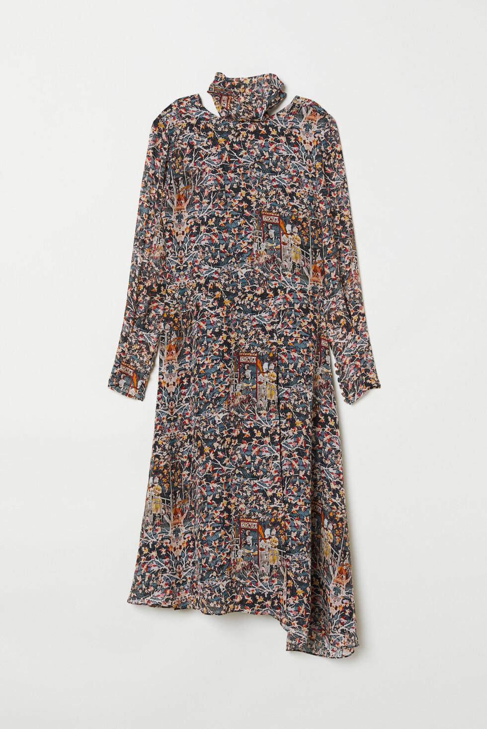 Kjole fra H&M |1300,-| https://www2.hm.com/no_no/productpage.0682576001.html