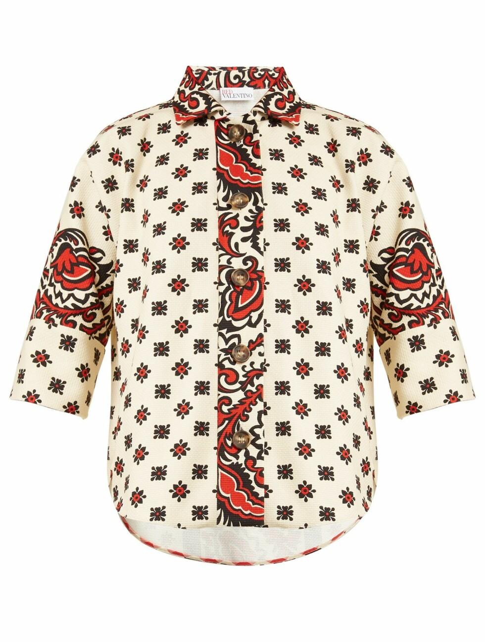Skjorte fra REDValentino |1490,-| https://www.matchesfashion.com/intl/products/REDValentino-Paisley-floral-print-cotton-shirt-1205910