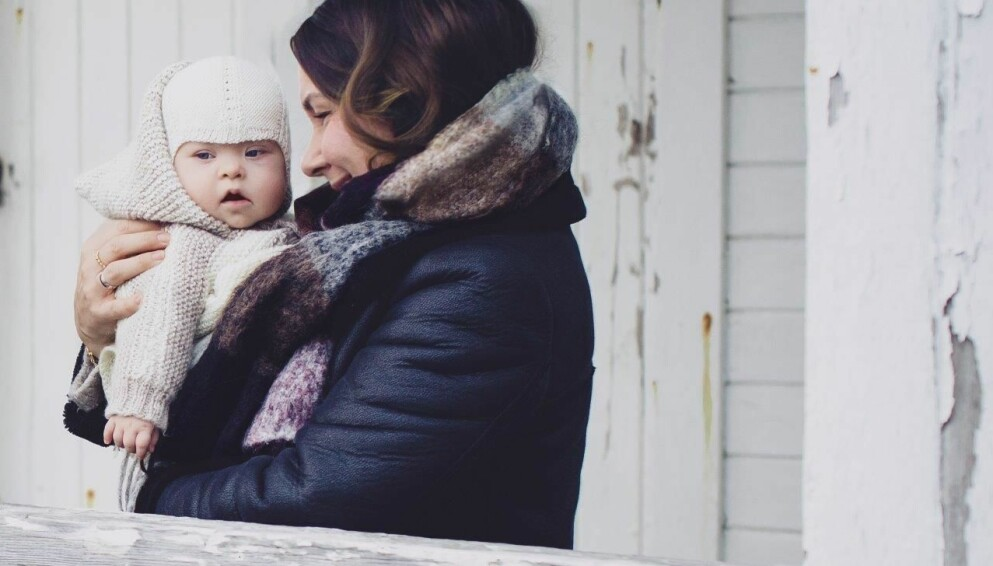 """ENDELIG HER: Kristina måtte gjennom 14 prøverørsforsøk for den første babyen kom. Amanda kom etter """"bare"""" tre behandlinger. Hun viste seg å ha Down syndrom. FOTO: Astrid Waller."""