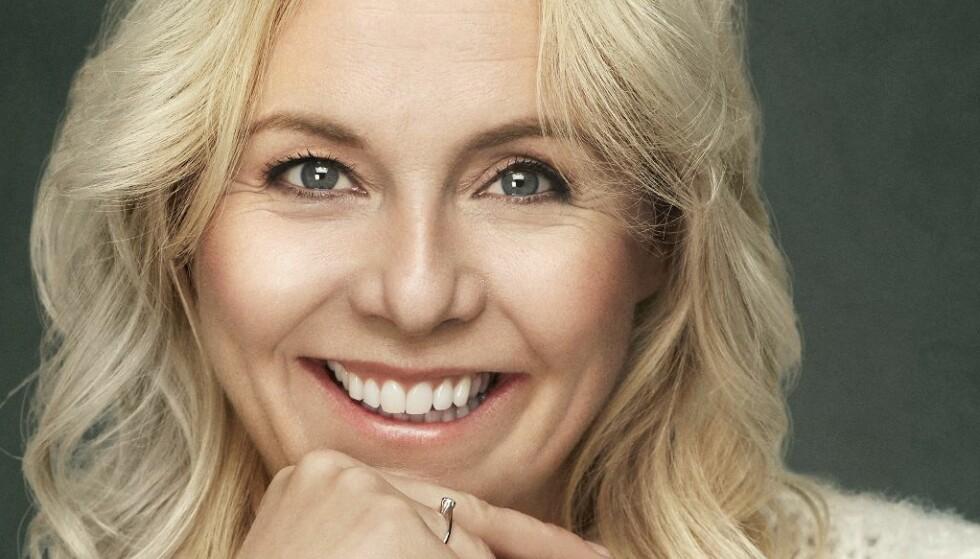Linn Skåber om kjæresten: - Det er noen mennesker du vil låne pulsen av, og sånn er Simon