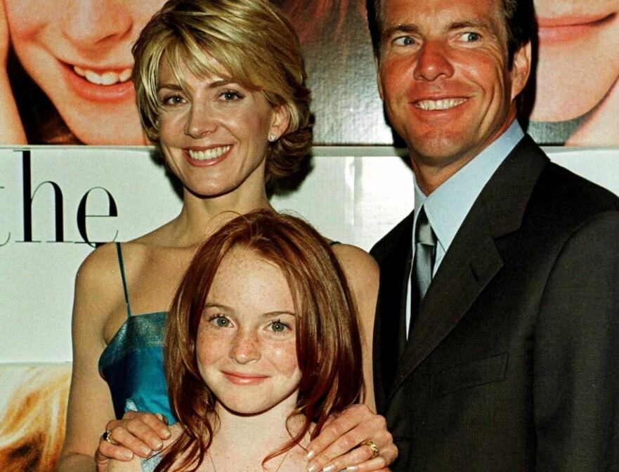 HOVEDROLLENE: Natasha Richardson, Lindsay Lohan og Dennis Quaid spilte hovedrollene i «Foreldrefellen» fra 1998. Foto: Scanpix