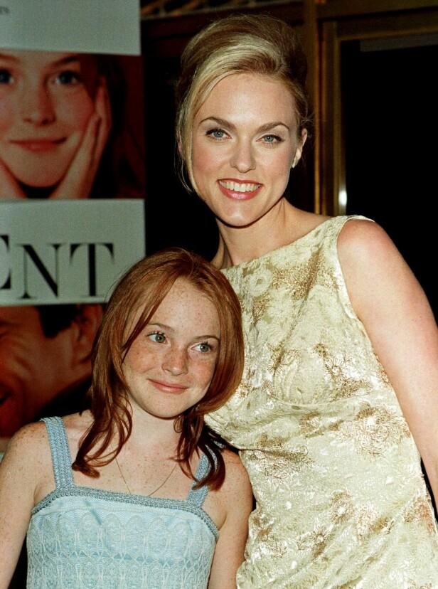 1998: Lindsay Lohan og Elaine Hendrix. Foto: Scanpix