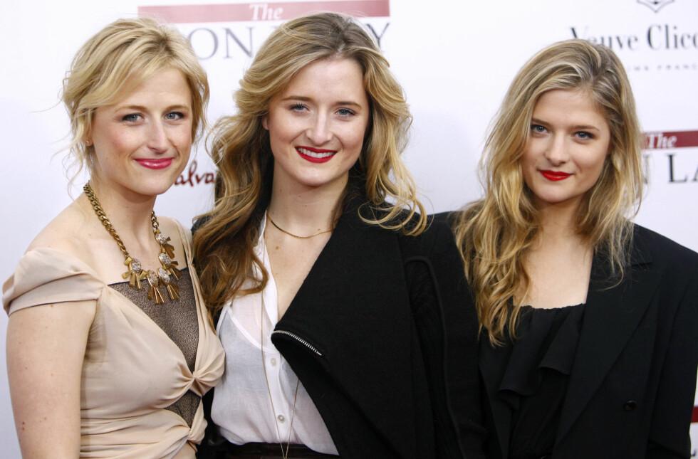 TRIO: Mamie med søstrene Louisa og Grace. Det er INGEN tvil om at de er døtrene til skuespiller Meryl Streep! FOTO: NTB Scanpix