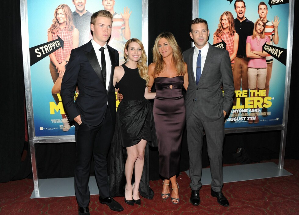 Jennifer Aniston sammen med skuespillerne Emma Roberts, Will Poulter og Jason Sudeikis på premieren av We're the Millers i 2013. Foto: NTB Scanpix
