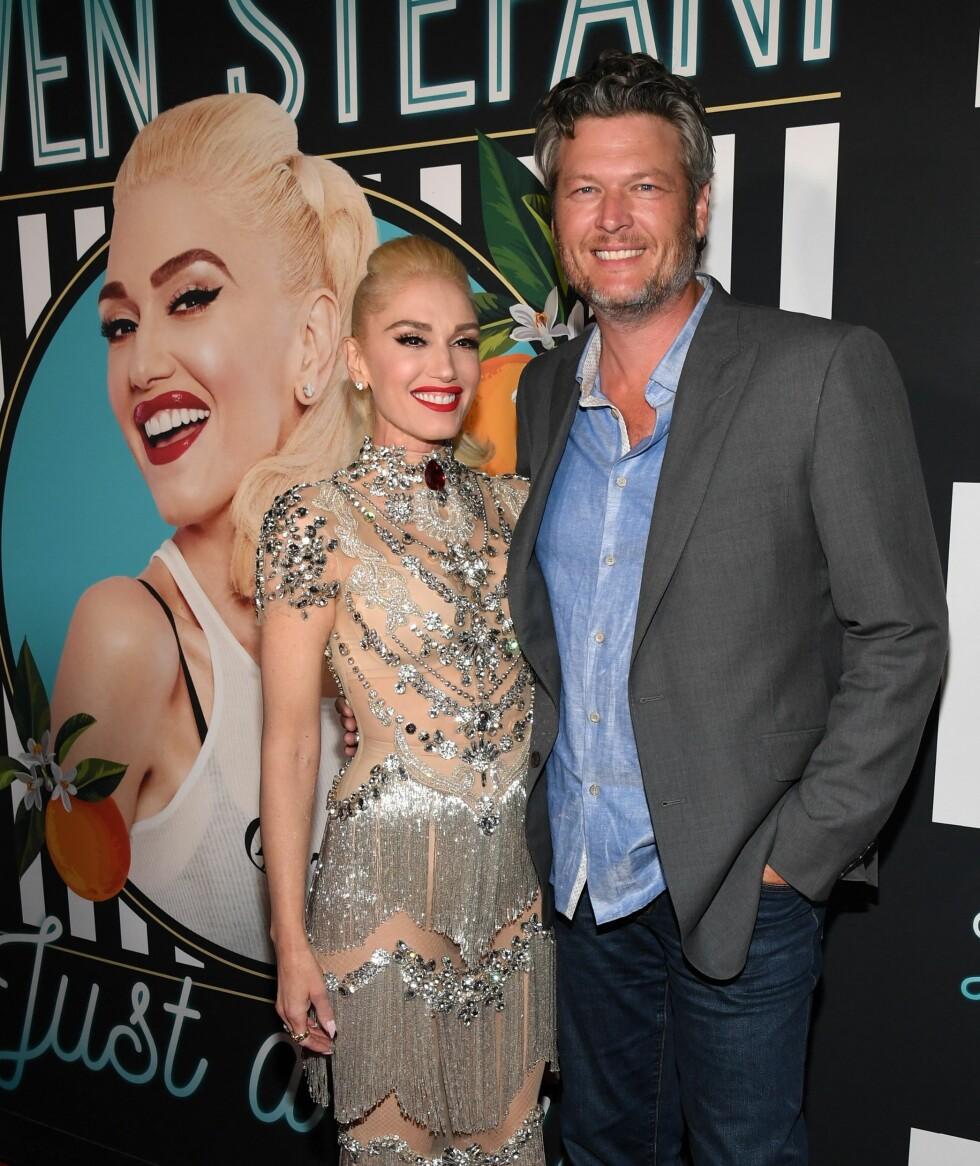 Gewn Stefani sammen med sin kjæreste Blake Shelton på premieren av hennes Las Vegas-show i 2018. Foto: NTB Scanpix