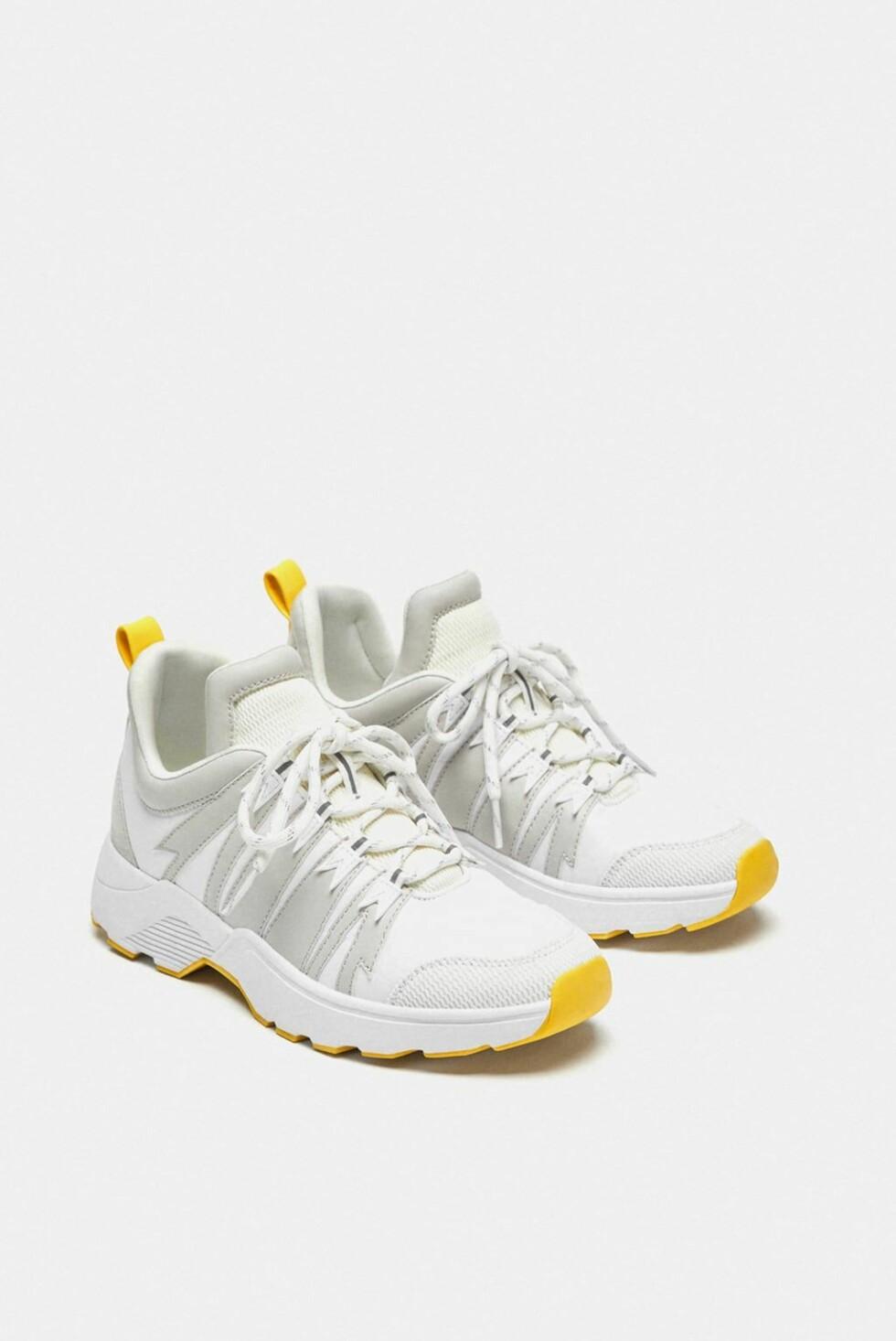 Sneakers fra Zara |250,-| https://www.zara.com/no/no/joggesko-med-detalj-ved-h%C3%A6len-p13400301.html?v1=6575943&v2=1177663