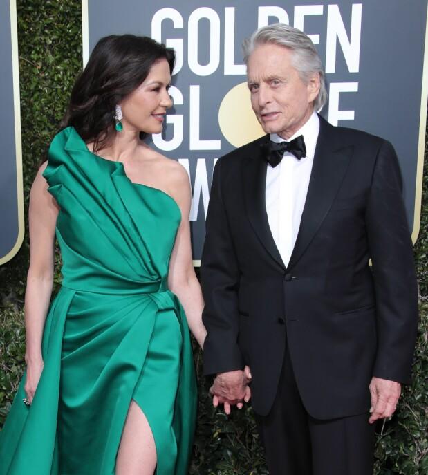 Catherine Zeta-Jones sammen med mannen Michael Douglas på Golden Globes i 2019. Foto: NTB Scanpix