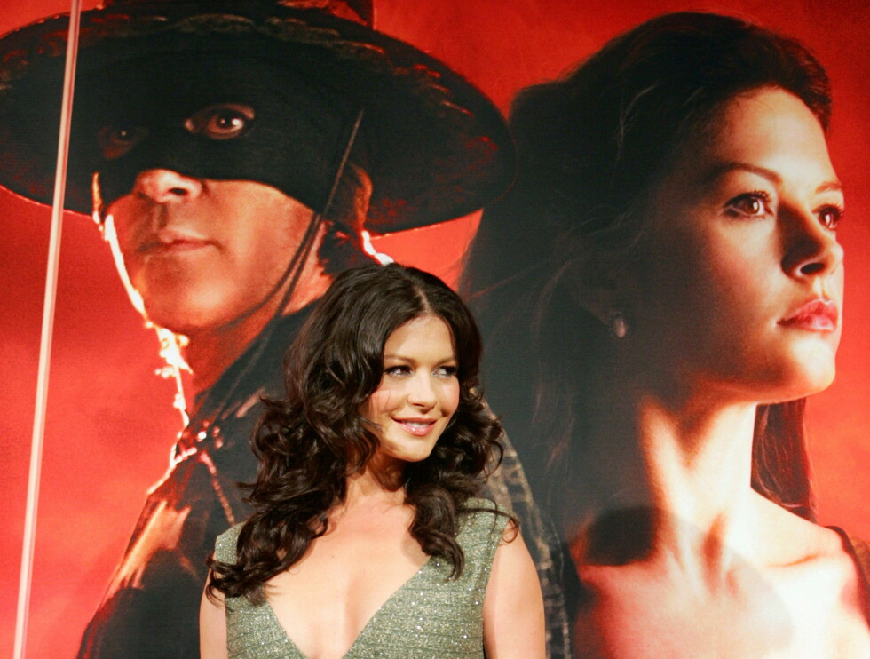 "Catherine Zeta-Jones i Tokyo på premieren av ""The Legend of Zorro"" i 2006. Foto: NTB Scanpix"