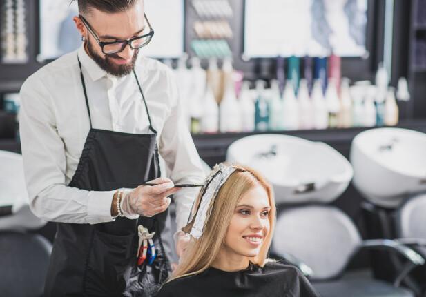 PRØVE NOE NYTT: Har du noen gang vurdert å farge håret i rødtoner eller kobbertoner? 2019 er året for å prøve det ut! FOTO: NTB Scanpix