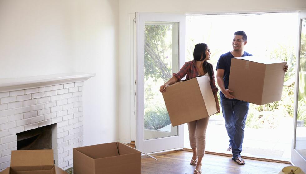 KJØPE NYTT: Kjøper du etter at du har solgt eller venter du med å selge til du har kjøpt? FOTO: NTB Scanpix