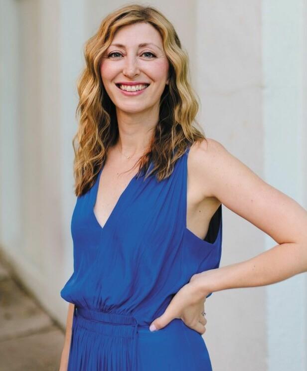 SKRIBENT: Designer, TED Talk-stjerne og nå også forfatter Ingrid Fetell Lee. FOTO: Olivia Rae James