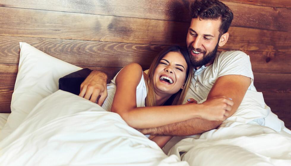 PARFORHOLD: Hva er nøkkelen til et lykkelig parforhold? Ifølge en studie er det særlig én faktor alle forhold bør ha. FOTO: NTB Scanpix