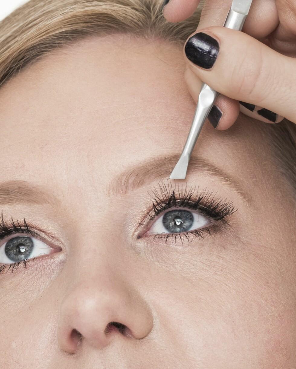 1. Ønsker du å heve makeupen et hakk, er løsvipper perfekt. Gå for punktvipper, det gir et mer naturlig resultat enn fulle remser.