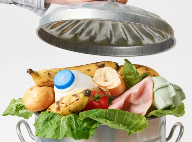 KRAFTIG FORURENSNING: Matproduksjon sammen med matsvinn forurenser faktisk mer enn flytransport. Foto: NTB Scanpix
