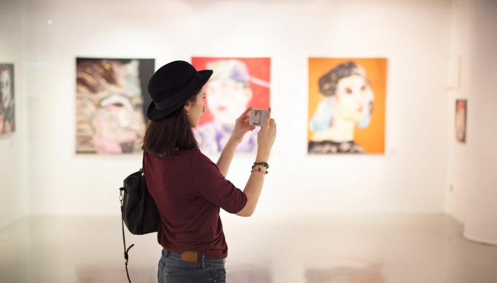 KULTURELL AKTIVITET: - Det å dele kulturopplevelser med andre gjør at man får et felles fokus og en felles oppmerksomhet. FOTO: NTB scanpix