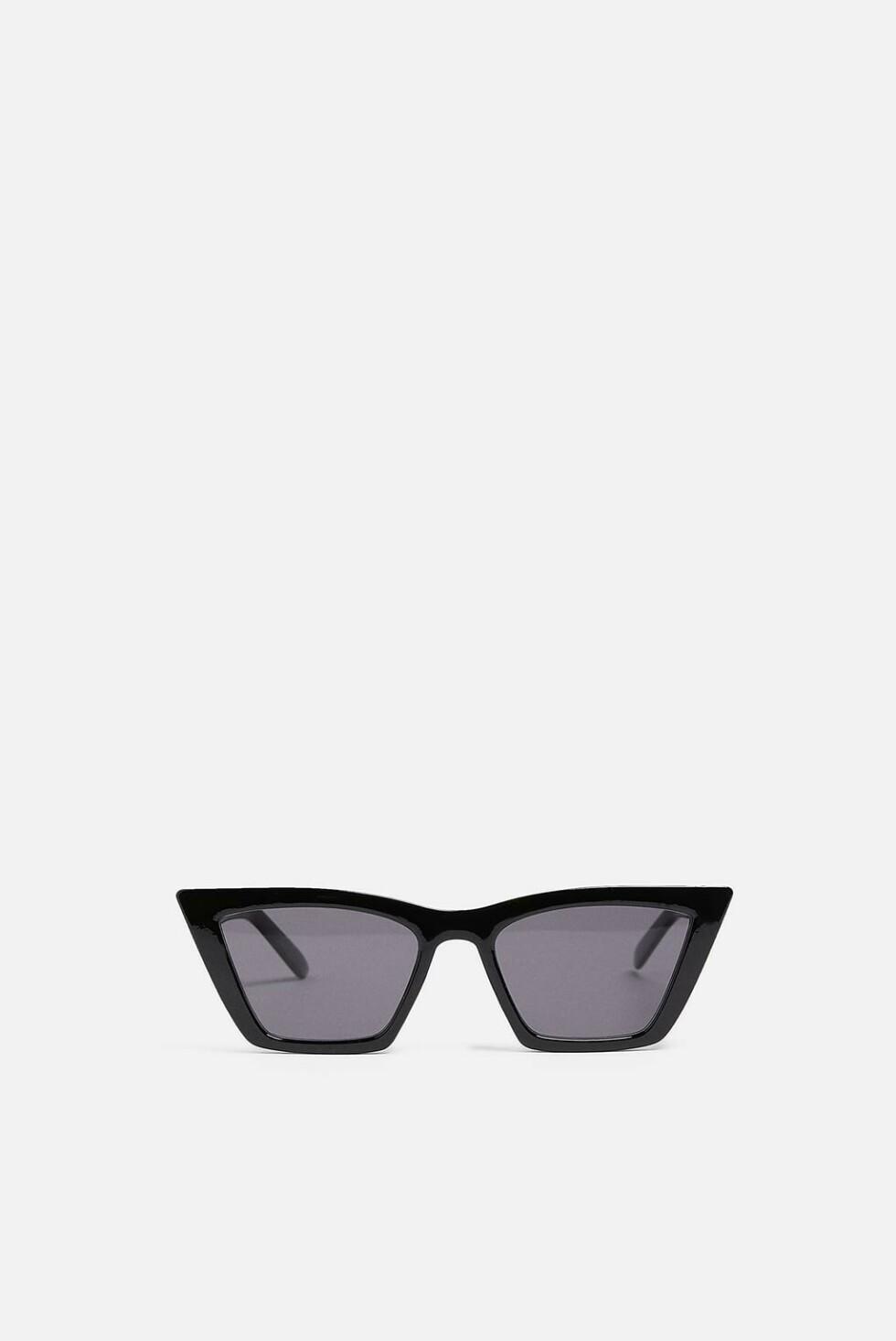 Solbriller fra Zara |199,-| https://www.zara.com/no/no/firkantede-cat-eye-solbriller-p01903002.html?v1=8086645&v2=1180464