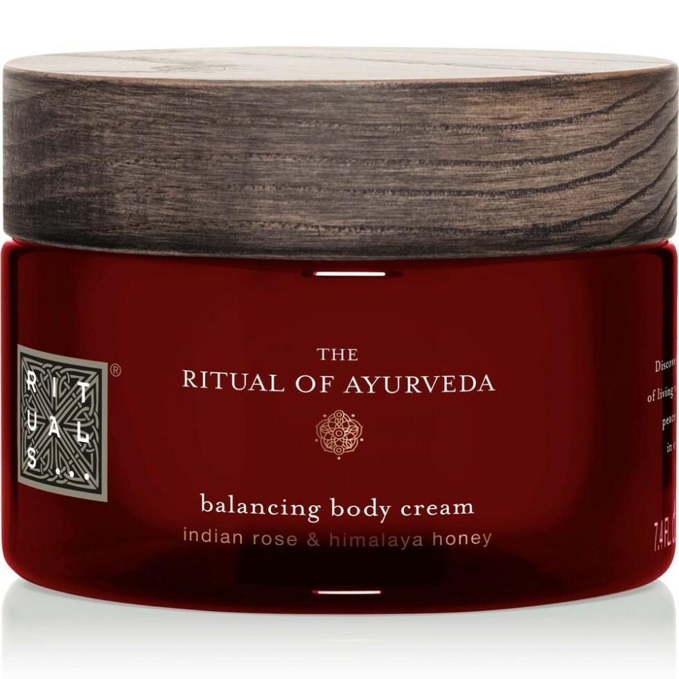 Body lotion fra Rituals |195,-| https://www.rituals.com/no-no/the-ritual-of-ayurveda-body-cream-5487.html?source=cop#start=1