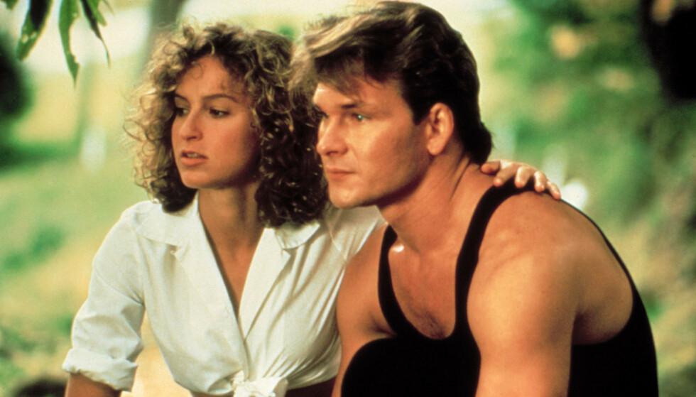 IKONISK DUO: Jennifer Grey er i dag 59 år gammel, mens Patrick Swayze døde av bukspyttkjertelkreft i 2009. Her i en scene fra filmklassikeren fra 1987. FOTO: «Dirty Dancing»