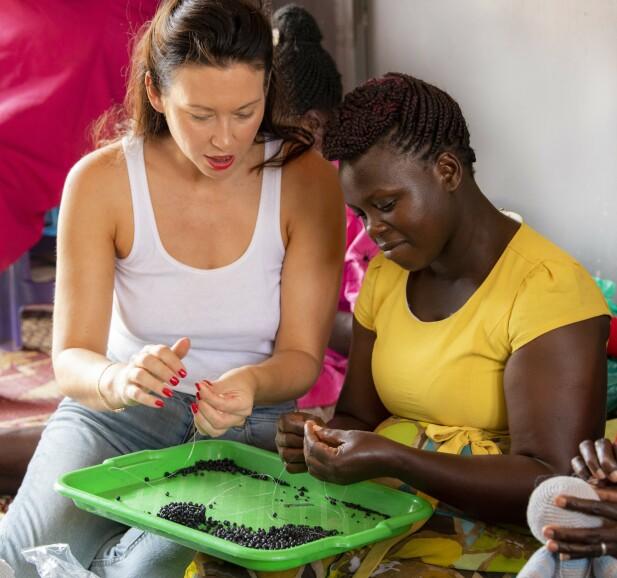 Nina Jarebrink besøkte i høst kvinnene som jobber for organisasjonen 4Africa. FOTO: Mona Nordøy