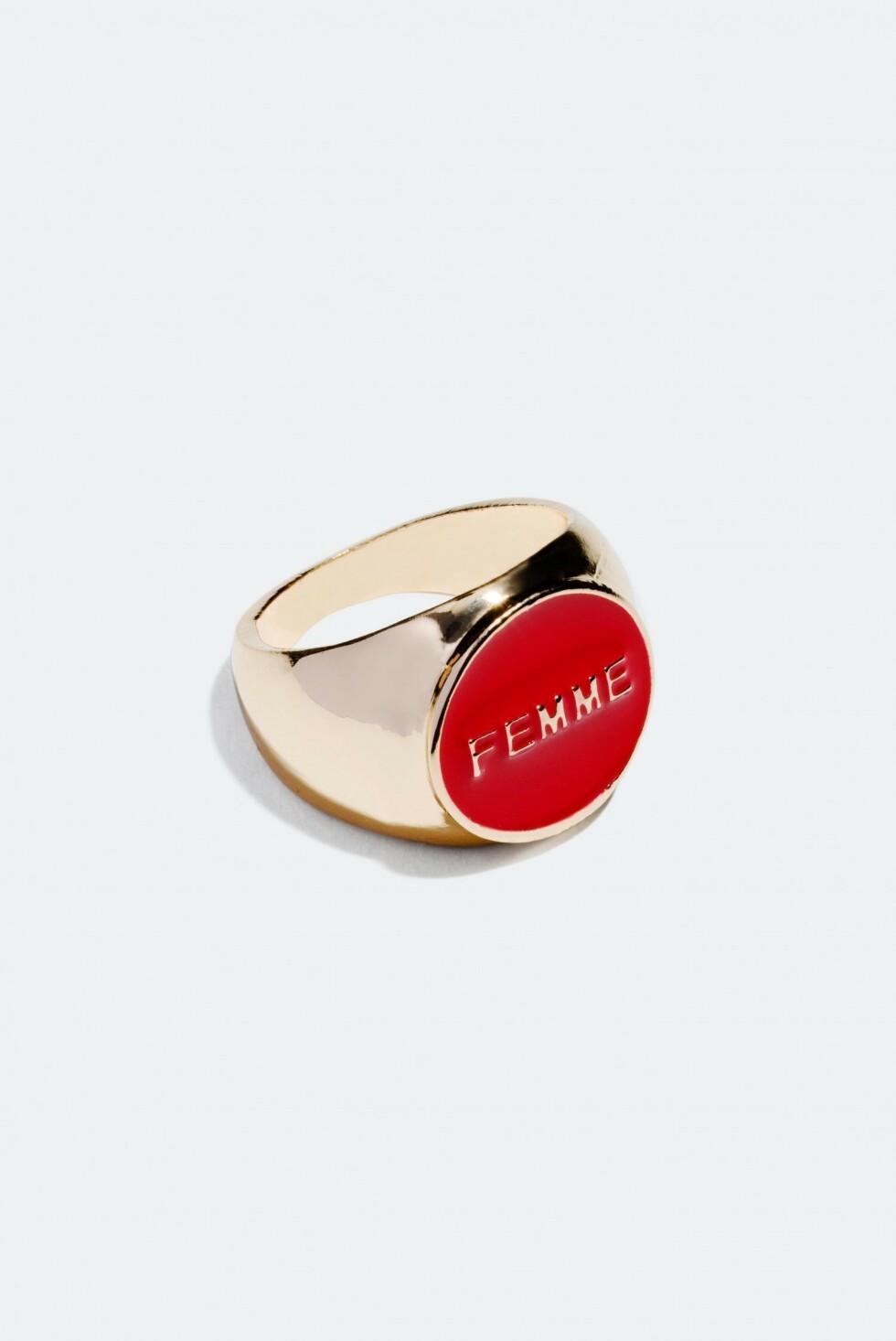 Ring fra Glitter |99,-| https://www.glitter.no/ring-med-ordet-femme