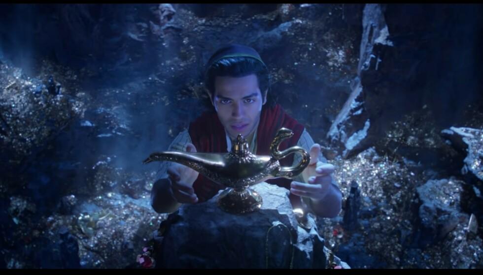 SMAKEBIT: I forrige teaser fikk vi «bare» et glimt av Aladdin – i den nye traileren ser vi både Aladdin, Jasmine, Genie, og Jafar! FOTO: Disney