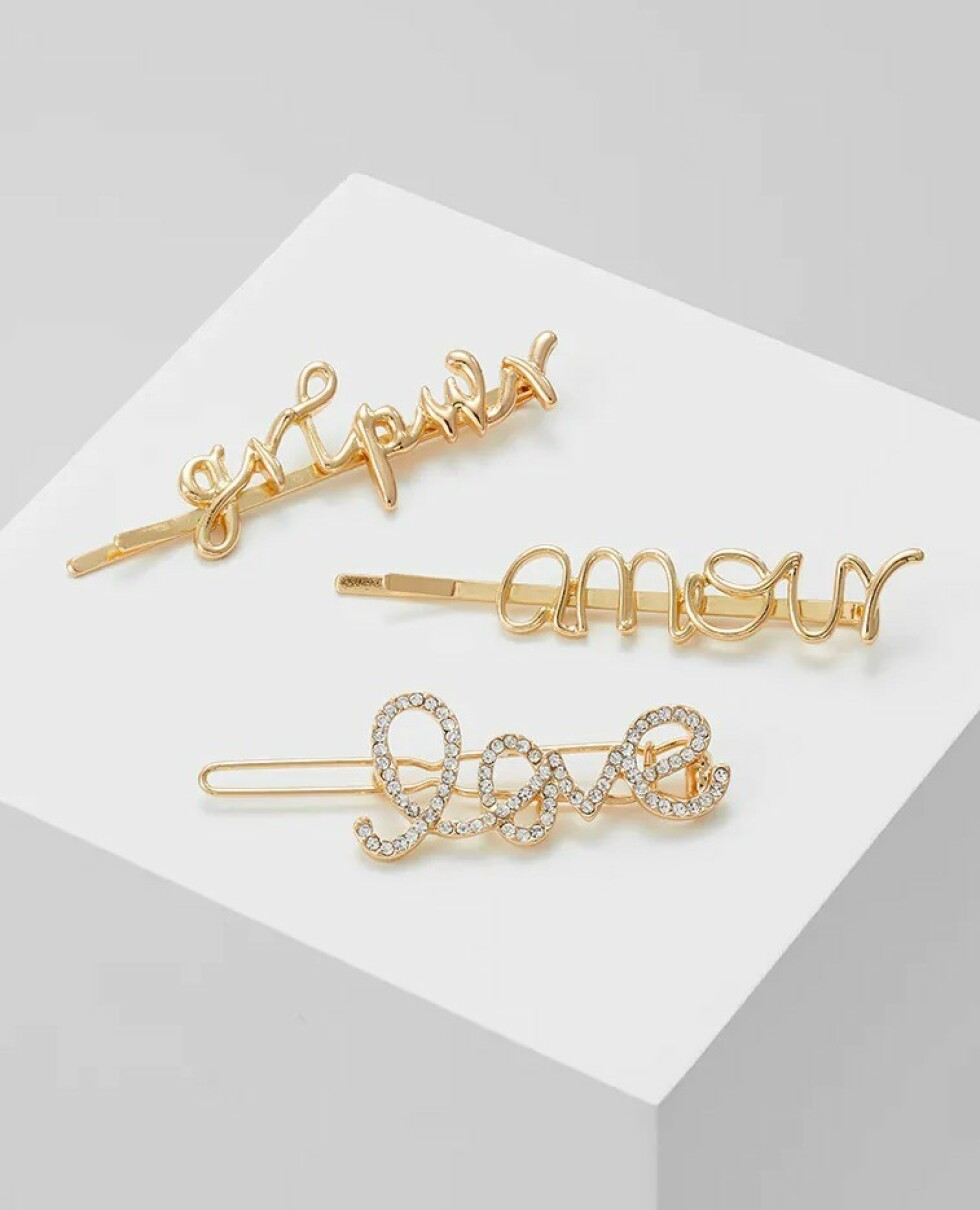Hårnåler i gull fra Pieces |149,-| https://www.zalando.no/pieces-pcsanne-hairclips-3-pack-hair-styling-accessory-gold-coloured-pe351l0d4-f11.html
