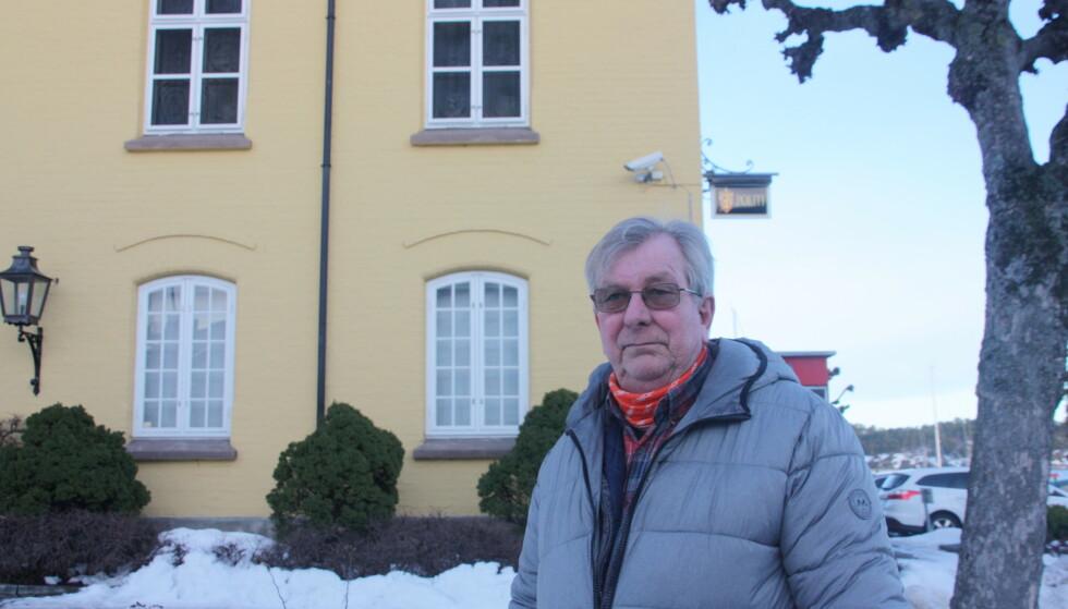 JOBBET TETT MED FORSVINNINGEN: Rolf Røisland var den som dekte saken lokalt i Risør i 1981. FOTO: Alexandra Mieszkowska