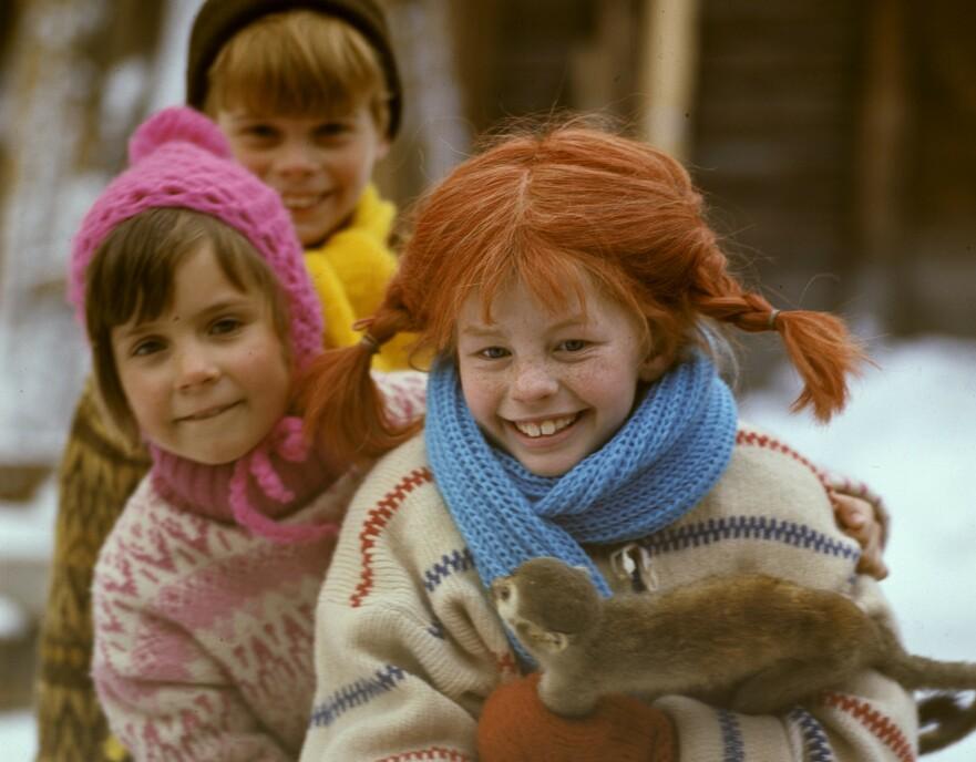 DEN GANG DA: Det var Inger Nilsson (Pippi), Maria Persson (Annika) og Pär Sundberg (Tommy) som hadde hovedrollene i den populære svenske serien fra 60- og 70-tallet. Se hvordan de ser ut i dag i saken! FOTO: NTB Scanpix