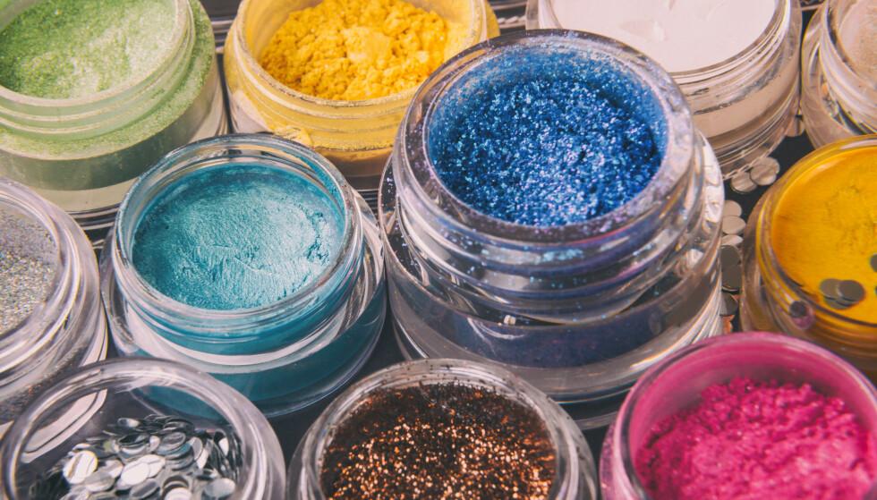 PLAST: Det aller meste av glitter er nemlig små plastbiter, enten det er glitterstøv i leppestiften eller pynteglitter til tegninger i barnehagen, skriver Infinitum Movement. FOTO: NTB Scanpix