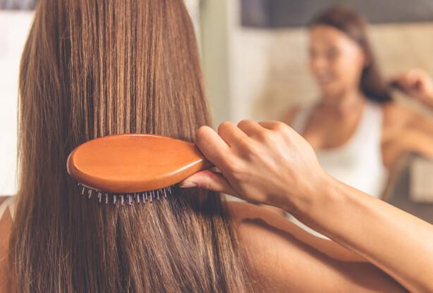 SMELTE SAMMEN: Når man blir eldre blir huden gjerne litt gråere, så da bør håret og huden smelte bedre sammen. FOTO: NTB Scanpix