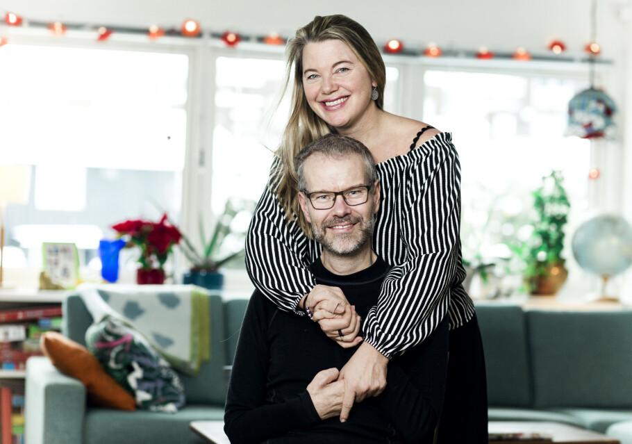 STERKE SAMMEN: Bjørn og Lise Brennskag er hverandres sherpaer, og bærer hverandre gjennom en tøff tid. Bjørns smittende optimisme og humør er en helt uvurderlig styrke når musklene svikter. FOTO: Astrid Waller