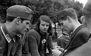 For 76 år siden ble Sophie Scholl (21) halshugget for å ha motarbeidet Hitler