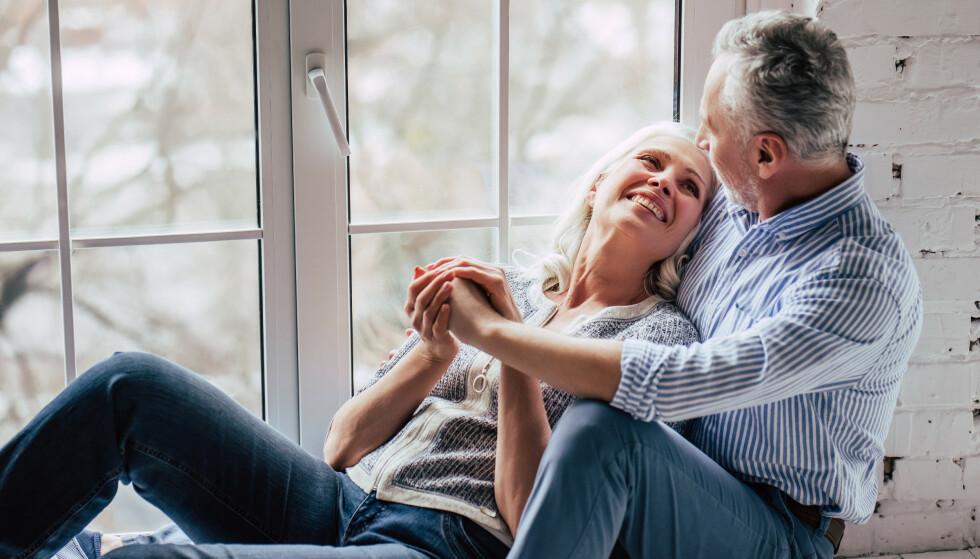 UNG HUSK: Kvinner husker litt mer enn menn, og nå har forskerne sett på hva som er forskjellen mellom oss. Både hos unge og hos eldre fant forskerne at kvinner har en litt yngre hjerne enn menn har. FOTO: NTB Scanpix