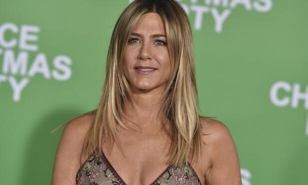 SLÅENDE VAKKER: Verden fikk for alvor øynene opp for Jennifer Aniston da hun kapret rollen som Rachel i «Friends». Nå, mer enn 20 år senere, er hun fortsatt like flott. FOTO: Scanpix