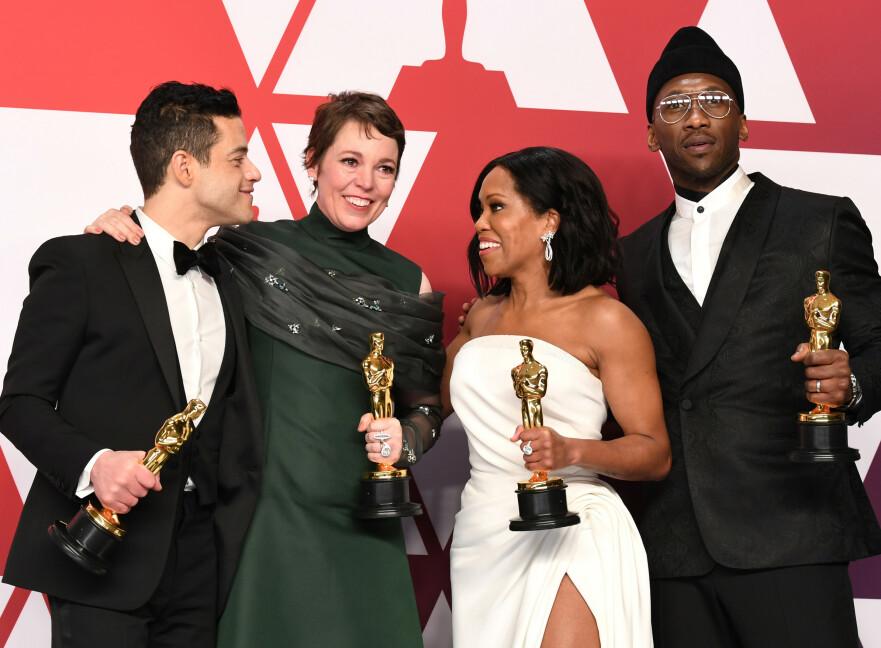 DE BESTE SKUESPILLERNE: Rami Malek og Olivia Colman stakk av med prisene for beste skuespillere, mens Regina King og Mahershala Ali ble kåret til beste biroller. Foto: Scanpix