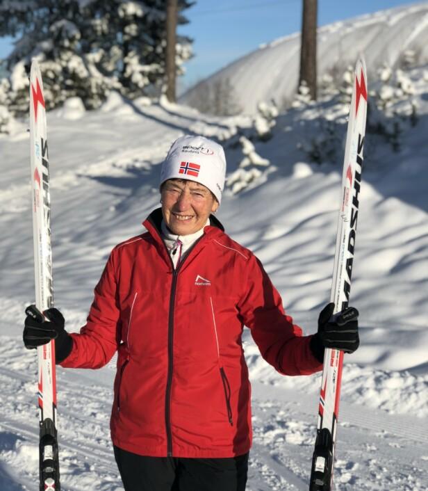 EN INSPIRASJON: Det er ingen tvil om at Liv Astri Løkken er et forbilde! I år stiller hun til Birken for 28. gang. Dette bildet er tatt etter en treningsøkt ved Raufoss skistadion. FOTO: Malini Gaare Bjørnstad // KK