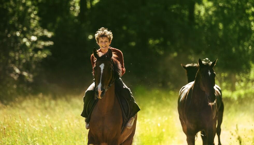 GOD ROLLE: Jo Ranes fanger en 15-årings drakamp mellom barn og voksen svært godt i filmen Ut og stjæle hester. FOTO: 4 1/2 og Nordisk film