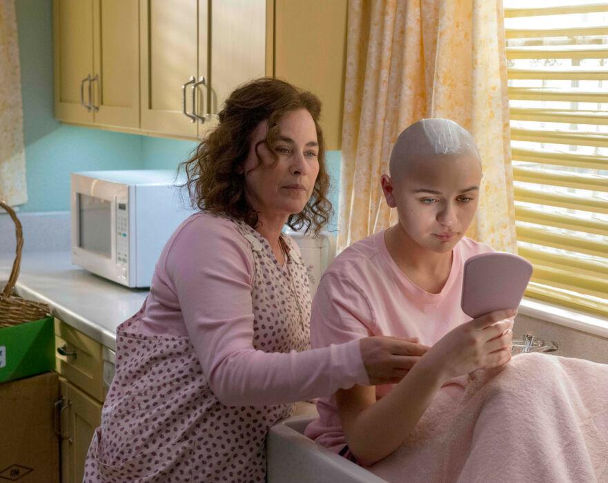LØGN OG BEDRAG: Nå blir den utrolige historien om Dee Dee Blanchard og hennes «syke» datter serie. Se trailer nederst i saken! FOTO: YouTube
