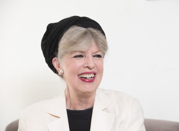 FESTLIG FYR: – Min mann er mye morsommere enn meg, sier Suzanne Brøgger, som er kjent for sine hvasse feministiske romaner. FOTO: NTB Scanpix