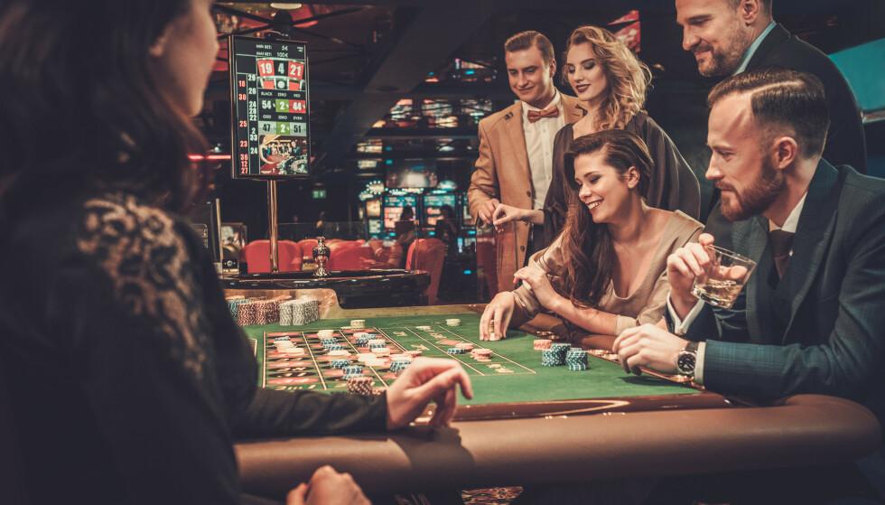 OCEANS FIVE: Å gamble i Vegas er sannelig en elegant opplevelse. Hvert fall på film. FOTO: NTB Scanpix