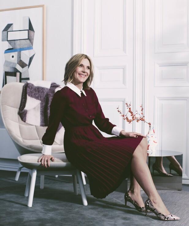 <strong>ANIKKEN HAR PÅ SEG:</strong> Kjole (kr 600) og pumps (kr 400, begge fra Zara). FOTO: Astrid Waller