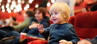 Reagerer på foreldres mobilbruk på kino: - Det har virkelig gått for langt!